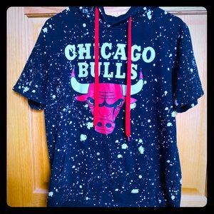 Rare Chicago Bulls short-sleeve sweater size small